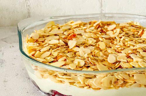 Mandel-Kirsch-Dessert