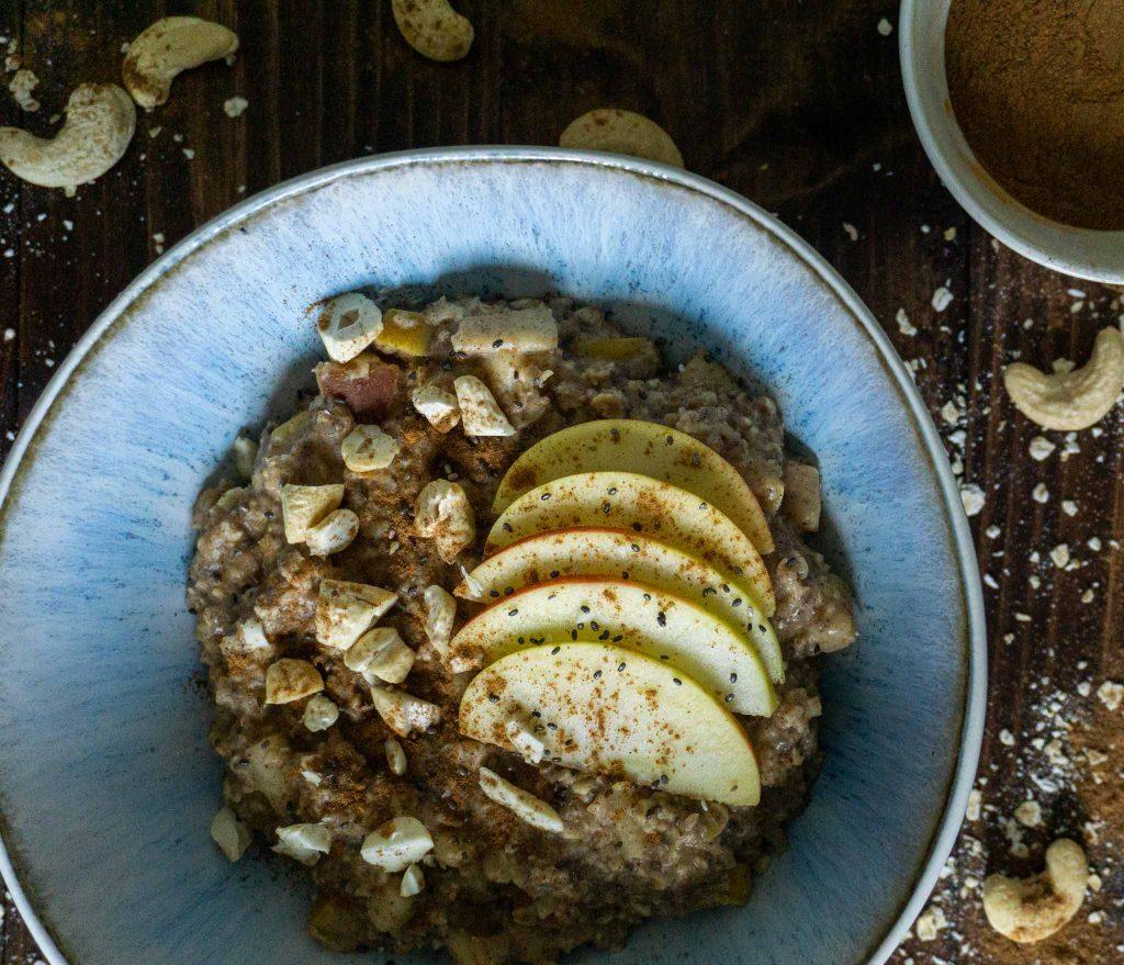 Apfel Zimt Porridge Rezept vegan einfach schnell